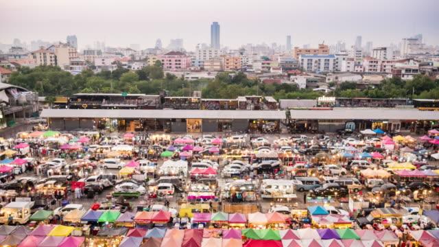 4K:Time Lapse Walking People Night market at Bangkok