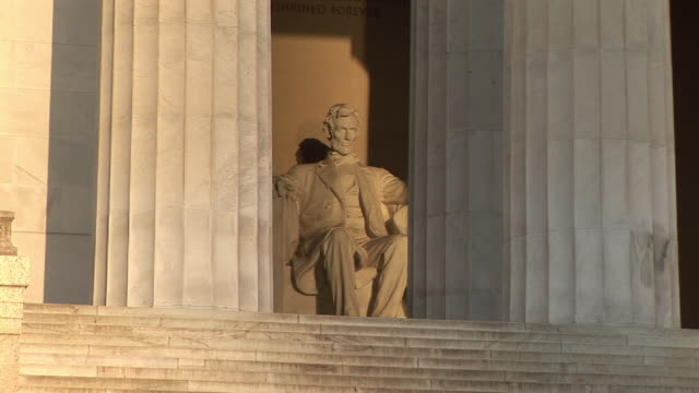 MS, ZI, Abraham Lincoln statue in Lincoln Memorial, Washington DC, Washington, USA