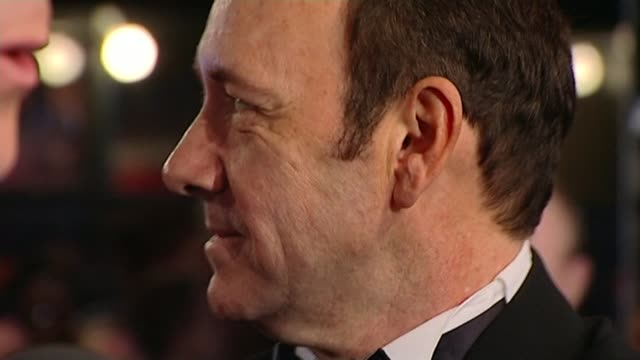 Kevin Spacey accused by 20 people of 'inappropriate behaviour' during time at Old Vic R10020803 / 1022008 ENGLAND London Kevin Spacey on red carpet...