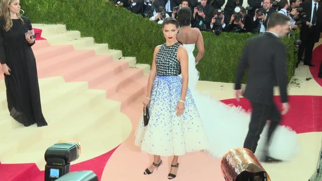 Fashion in an Age of Technology Costume Institute Benefit Gala Arrivals at Metropolitan Museum of Art at The Metropolitan Museum on May 2 2016 in New...