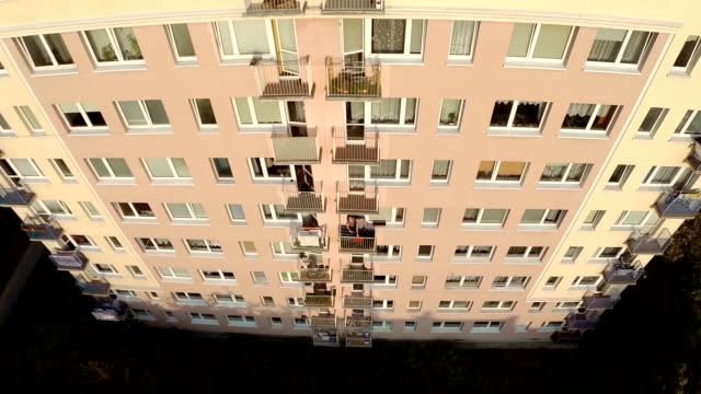 Aerial Blocks, camera rising