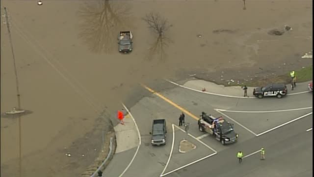 KTVI Aerial Pickup Truck and Driver Pulled Out of Flood Waters in St Louis on December 30 2015