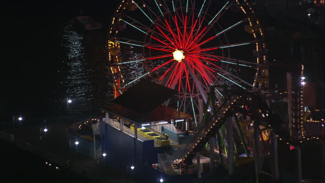 Aerial CU TS Santa Monica Pie / Los Angeles, California, United States