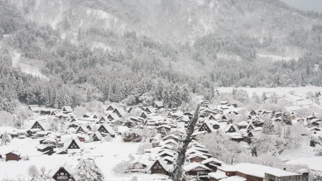 Aerial time-lapse: Shirakawago Gassho-Dukuri Gifu, Chubu World Heritage Japan