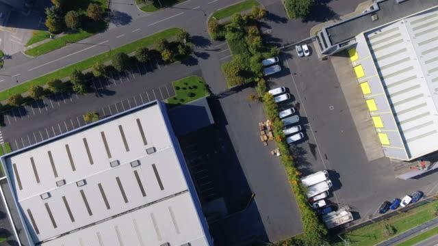 Luchtfoto van industriële gebouwen in een bedrijventerrein