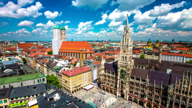 TIME LAPSE: Aerial view of Munich
