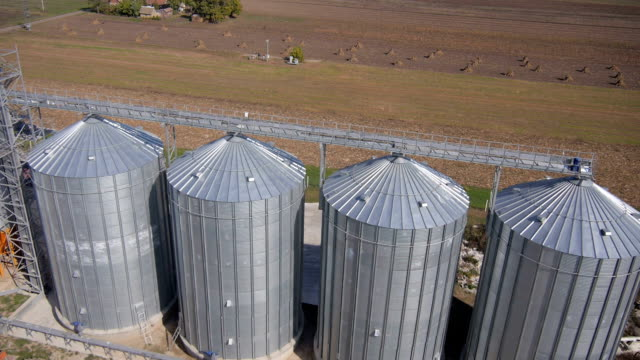 aerial view over the silo 25