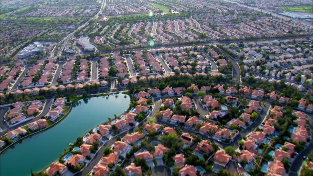 Veduta aerea case suburbane HD