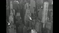 VS aerials Manhattan and Battery Park / Note exact year not known documentation incomplete