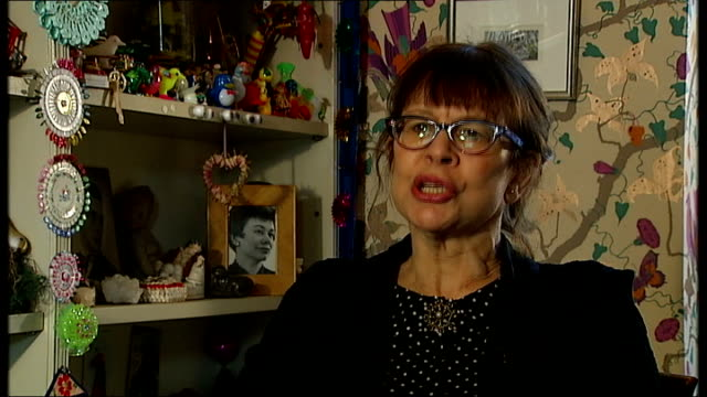 'Aero girls' portraits Rose Wylie Virginia Ironside interview SOT Various shots Rose Wylie's artist studio and paintings Rose Wylie interview SOT...