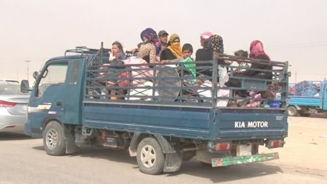 After living in IDP camps in Iraq more than 1200 families have returned to their villages of Zangora and Asriya in Anbar province