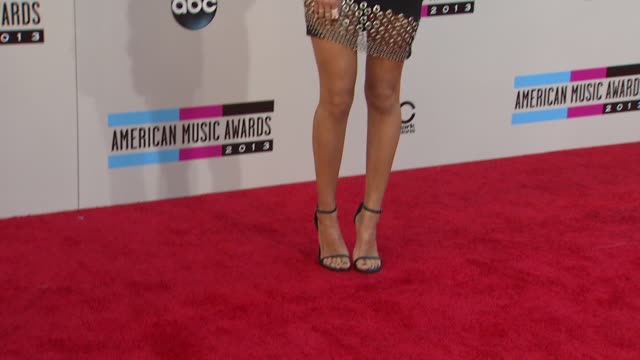 Aimee Song arrives at the 2013 American Music Awards Arrivals