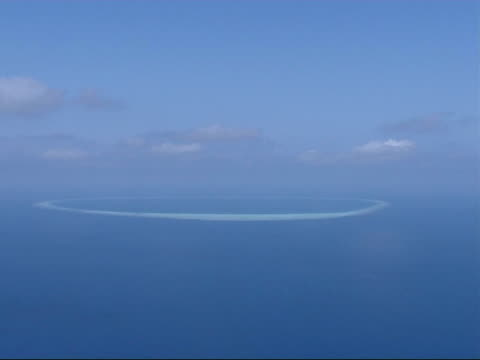 Air views of Islands EXT Deserted islands and Atolls / Sand bars