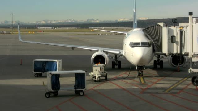 Airplane Refuels