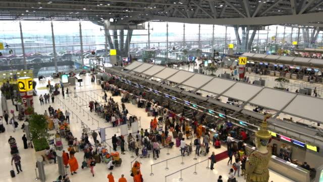 4K VDO : Airport Travelers People