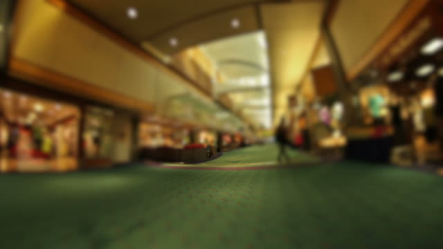 Flughafen zu Fuß