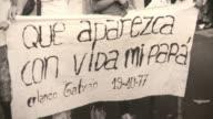 Al dia siguiente de la muerte del dictador argentino Jorge Videla Buenos Aires inauguro una exposicion fotografica recordando los 30 anos del...