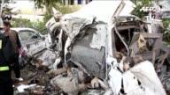 Al menos 12 personas entre ellas tres contratistas civiles de la OTAN murieron este sabado en un atentado suicida en Kabul
