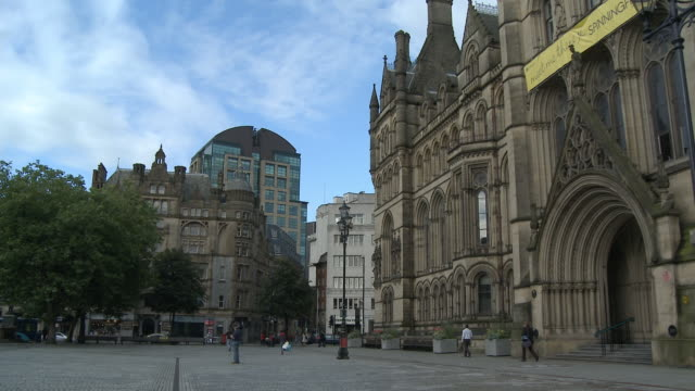 WS, ZI, MS, Albert Square and Town Hall , Manchester, England