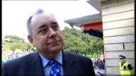 Alex Salmond at independence rally in Edinburgh Salmond interview SOT / general views of Salmomd posing for photo / Macdonald interview SOT