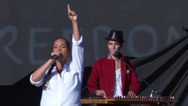 PERFORMANCE Alicia Keys at 2014 Global Citizen Festival in Central Park at Central Park on September 27 2014 in New York City