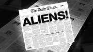 Aliens! - Newspaper Headline (Intro + Loops)
