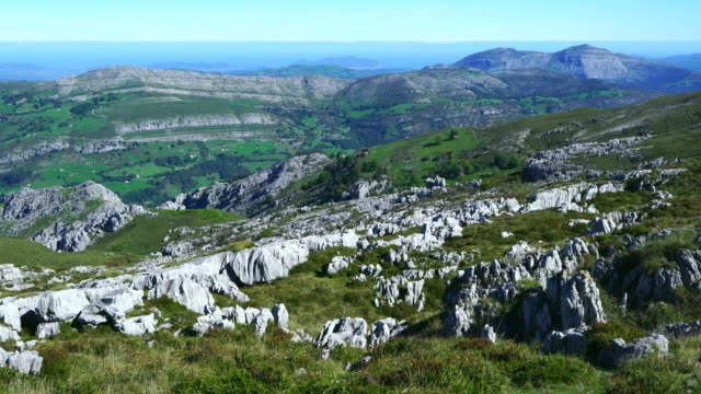 Alto Miera, Miera Valley, Valles Pasiegos, Cantabria, Spain, Europe