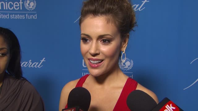 Alyssa Milano on attending tonight's event on her Christmas plans on what she cooks at Christmas on what she would like others to know about UNICEF...