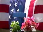 Amerikanische Flagge Coffins, Zoom In und Check-Out