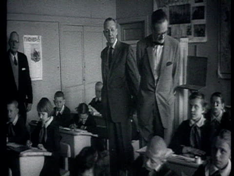 American government delegation in USSR visiting pupils in classroom boarding school school kitchen and canteen / Russia AUDIO