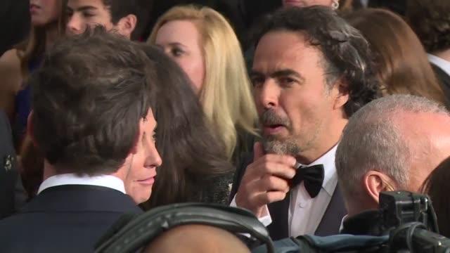 AMPLiA URGENTE El director mexicano Alejandro González Iñárritu se puso este jueves a la cabeza de la carrera por los oscar al recibir 12...
