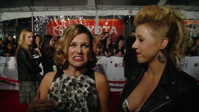 INTERVIEW Andrea Barber Jodie Sweetin on the event at People's Choice Awards 2017 in Los Angeles CA