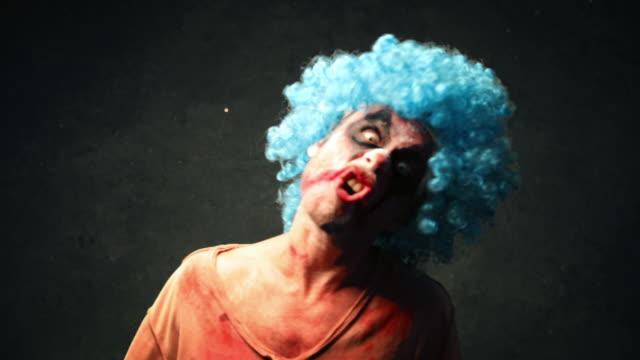 Wütend Halloween Clown