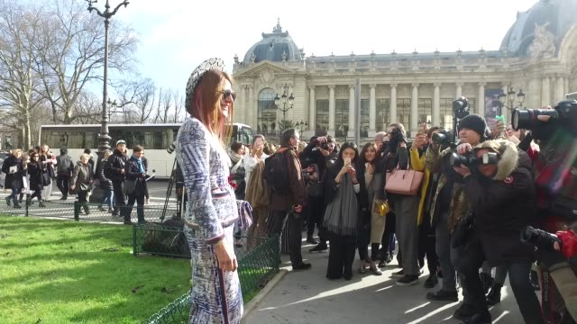 Anna Dello Russo arrives at the Chanel show as part of the Paris Fashion Week Womenswear Fall/Winter 2016/2017 on March 8 2016 in Paris France