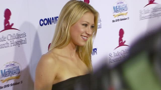 Anna Kournikova at the Runway For Life Benefiting St Jude Children's Research Hospital at the Beverly Hilton in Beverly Hills California on September...