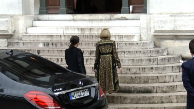 Anna Wintour at Stella McCartney SS15 at Opera National de Paris on September 28 2014 in Paris France