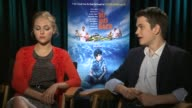 INTERVIEW AnnaSophia Robb and Liam James on filming in Marshfield MA at 'The Way Way Back' Los Angeles Press Junket INTERVIEW AnnaSophia Robb and...