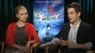INTERVIEW AnnaSophia Robb and Liam James on how they related to their characters at 'The Way Way Back' Los Angeles Press Junket INTERVIEW AnnaSophia...