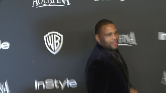 Anthony Anderson and Kenya Barris at 16th Annual InStyle And Warner Bros Golden Globe AfterParty on January 11 2015 in Beverly Hills California
