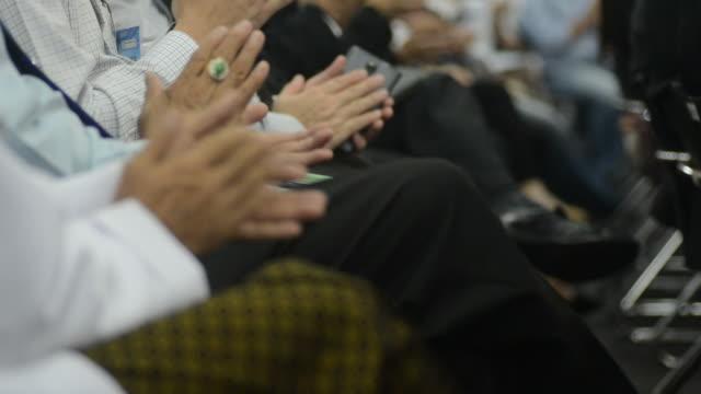 Applauding after best seminar