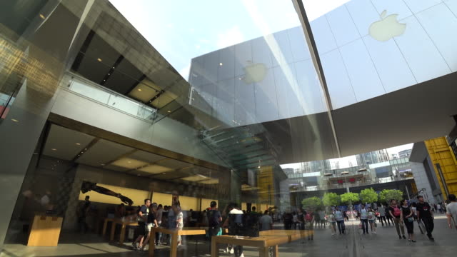 Apple shop in Sanlitun is a flagship store in Beijing Though the earning performance is turning better the sales of iPhone in China continue to...