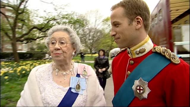 April Fool's Day Alison Jackson spoof Royal Wedding general views ENGLAND London EXT Queen Elizabeth II lookalike and Prince William lookalike...