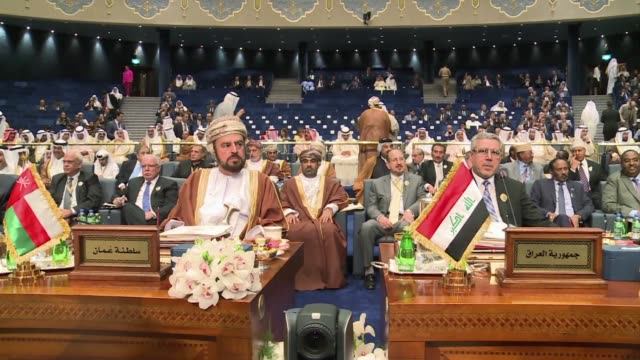 Arab League foreign ministers said they agreed on the draft resolutions Sunday for a summit in Kuwait this week despite deep rifts among member...