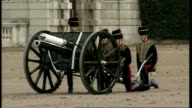 Horseguards' Parade gun salute ENGLAND London Horseguards' Parade EXT Soldiers of the Kings Troop Royal Horse Artillery fire military field gun to...