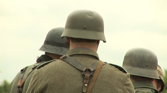 Army soldiers Helmets - HD & PAL