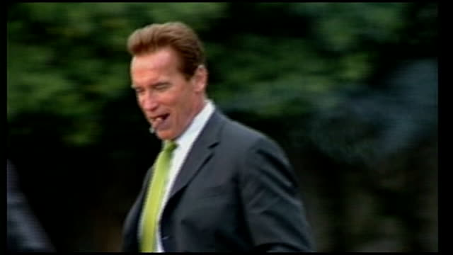 Arnold Schwarzenegger criticised over rise in carbon emissions Arnold Schwarzenegger along with large cigar in his mouth