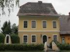 Arnold Schwarzenegger's childhood home becones a museum Austria
