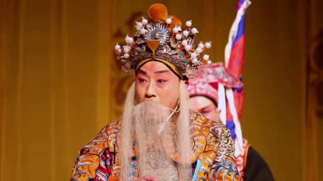 CU Artist performing Beijing opera in traditional theatre AUDIO / xi'an, shaanxi, china