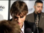 Ashton Kutcher at the 'Guess Who' Premiere at Grauman's Chinese Theatre in Hollywood California on March 13 2005