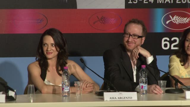 Asia Argento James Gray at the Cannes Film Festival 2009 Jury Press Conference at Cannes